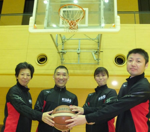 20191203_New_coach_wbasket01.png