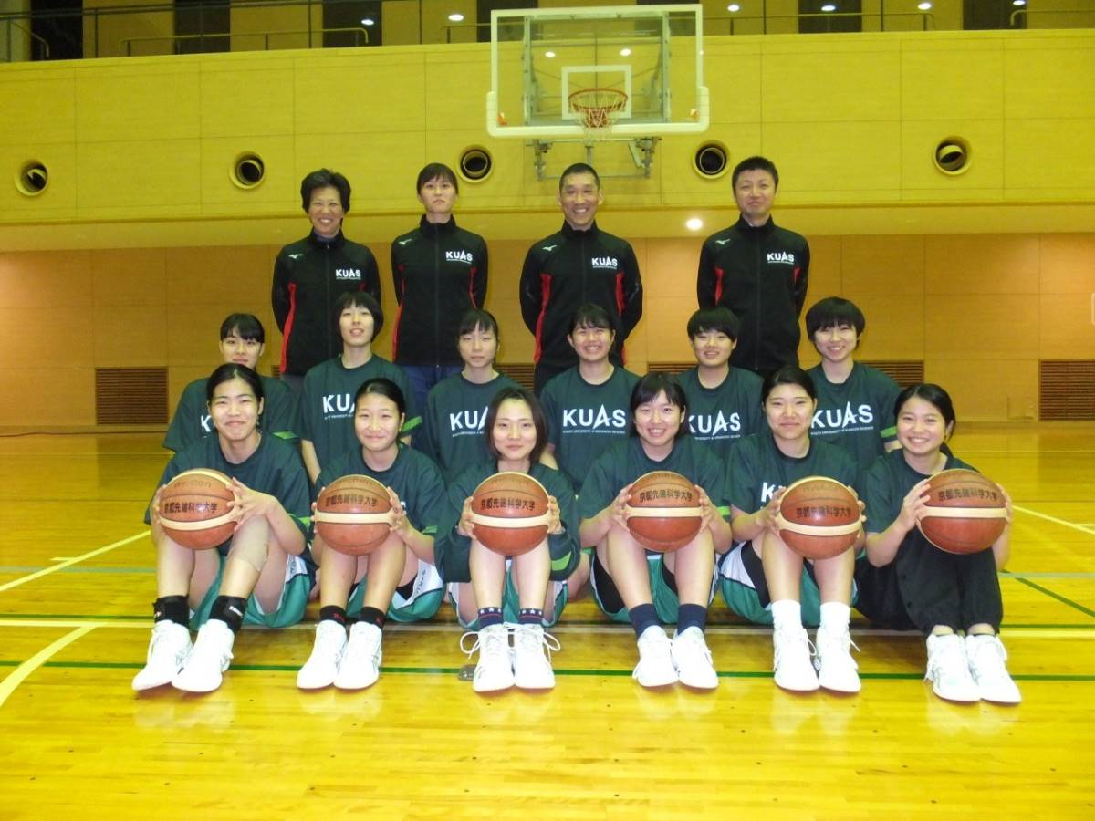 20191203_New_coach_wbasket03.png